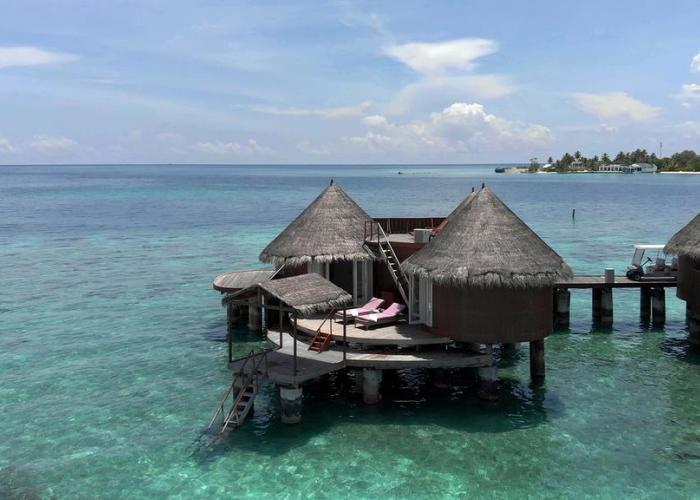Nika Island Resort Luxhotels (2)