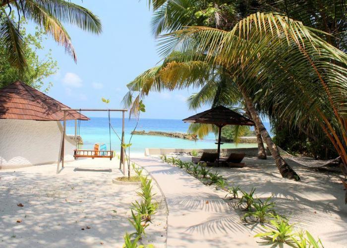 Nika Island Resort Luxhotels (3)