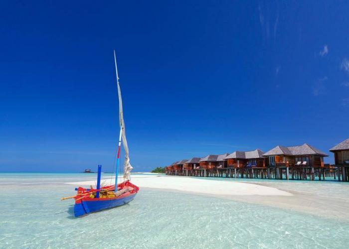 Olhuveli Beach And Spa Resort Luxhotels (1)