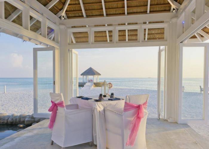 Olhuveli Beach And Spa Resort Luxhotels (11)