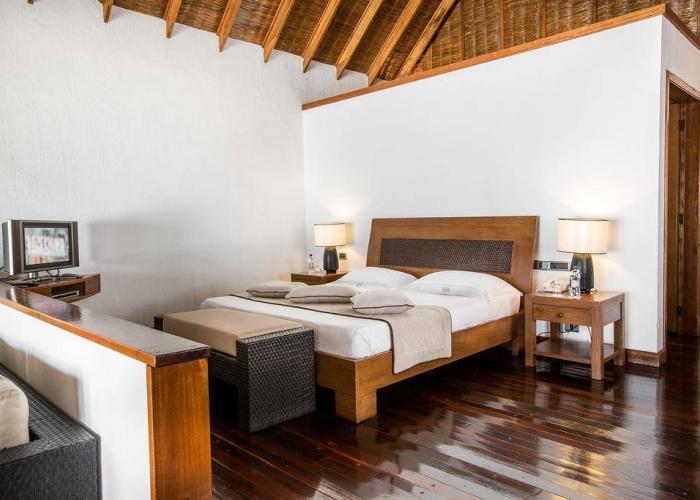 Palm Beach Resort Maldives Luxhotels (11)