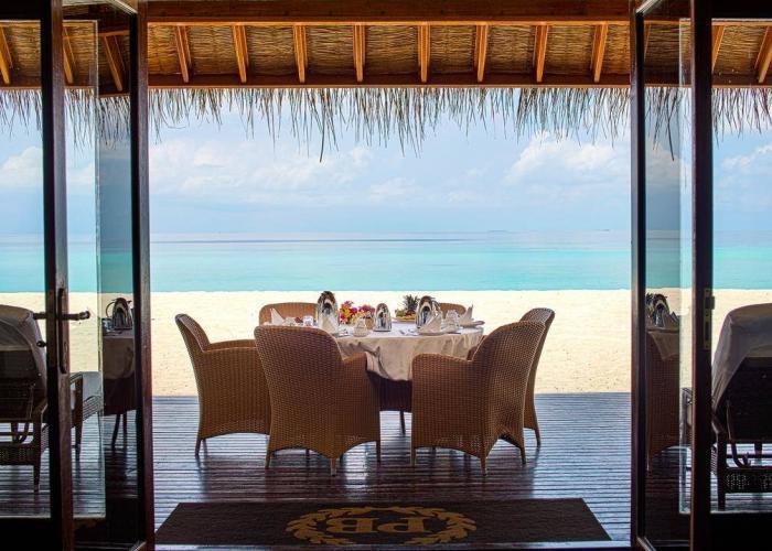 Palm Beach Resort Maldives Luxhotels (13)