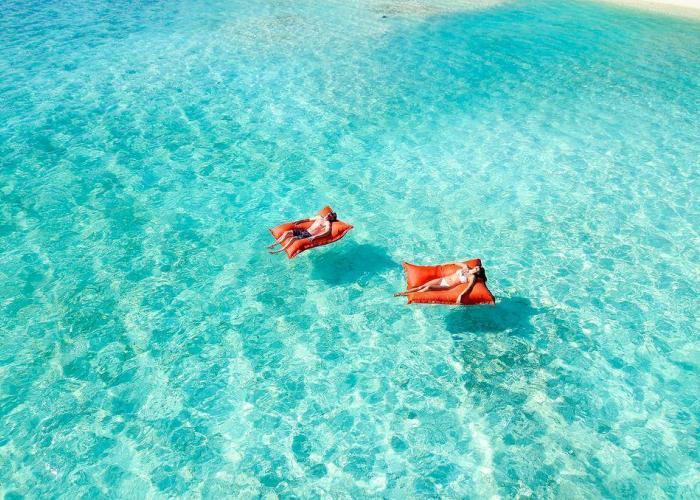 Summer Island Maldives Luxhotels (3)