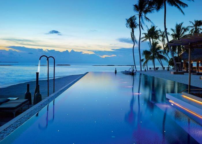 Velaa Private Island Luxhotels (6)