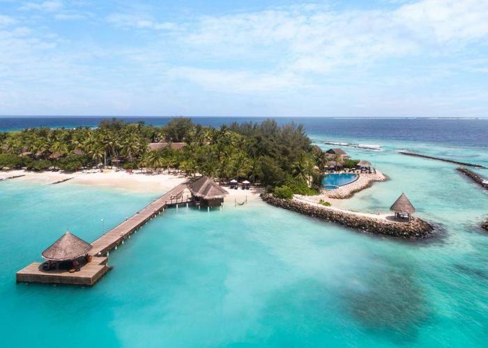 Vivanta By Taj Coral Reef Luxhotels (11)