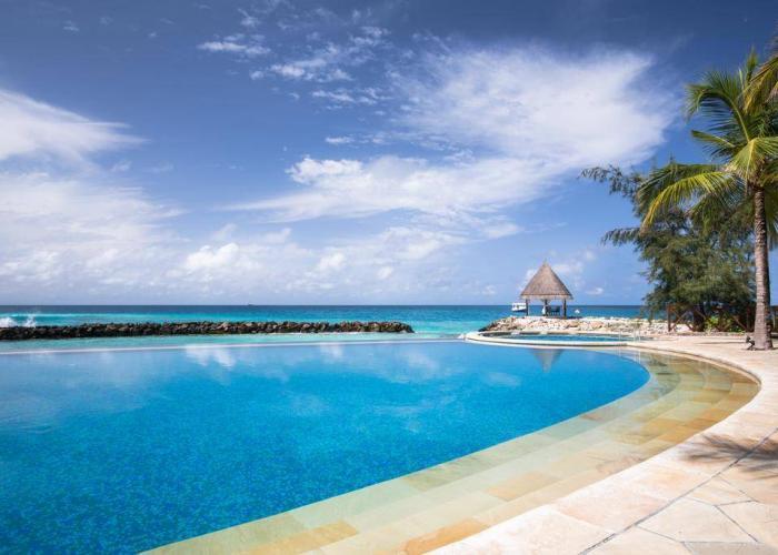 Vivanta By Taj Coral Reef Luxhotels (16)