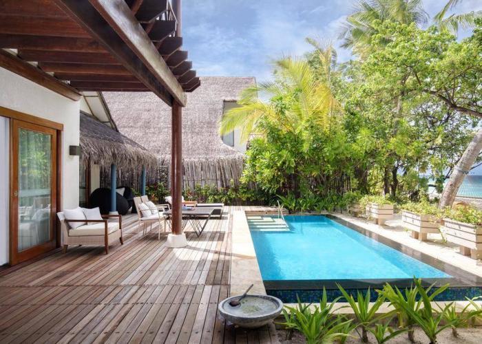 Vivanta By Taj Coral Reef Luxhotels (4)