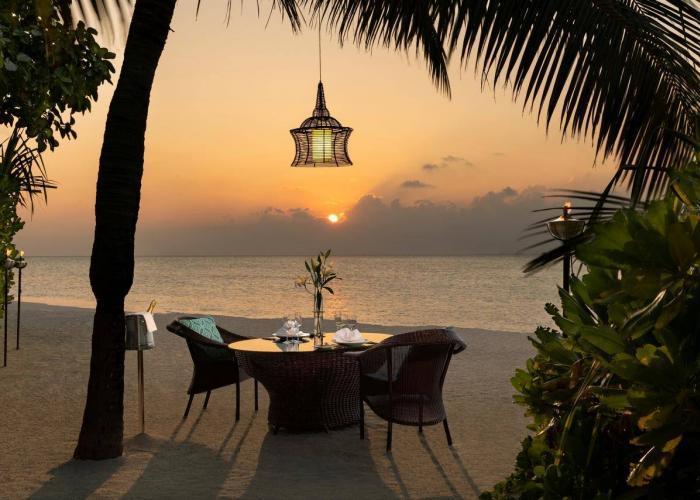 Anantara Dhigu Maldives Resort Luxhotels (18)
