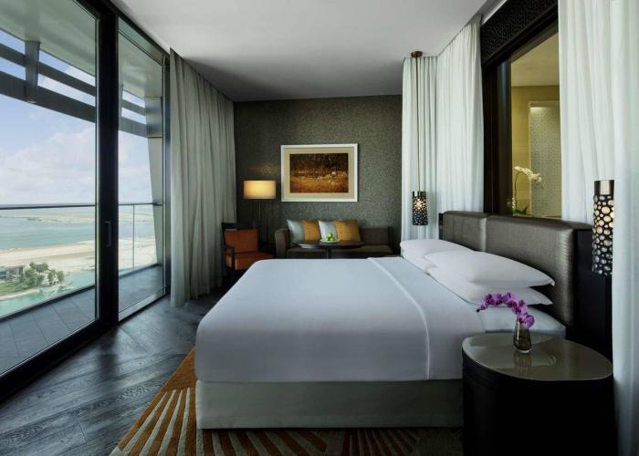 Grand Hyatt Abu Dhabi Hotel & Residences Emirates Pearl Luxhotels (8)