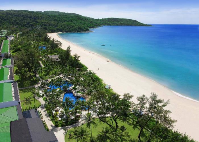 Kata Thani Phuket Beach Resort Luxhotels (11)