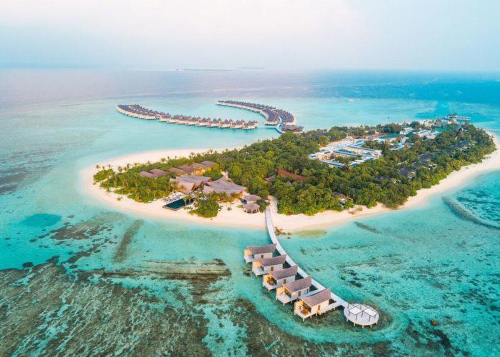 Mӧvenpick Resort Kuredhivaru Maldives Luxhotels (1)