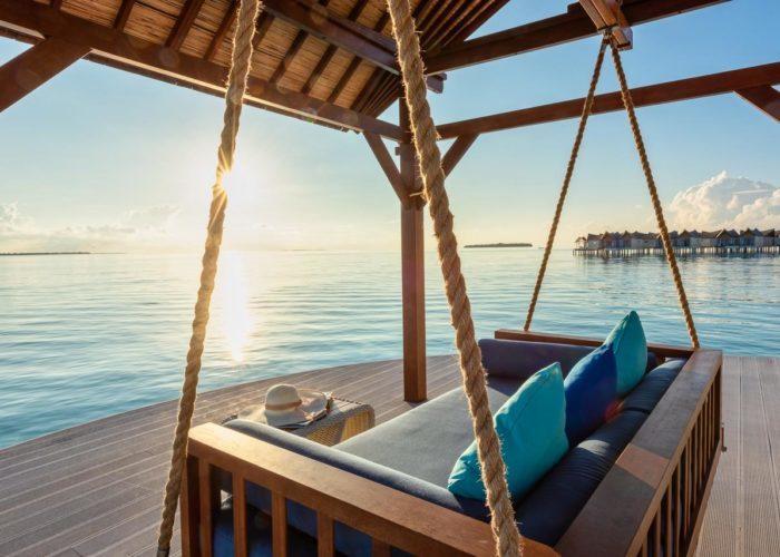 Mӧvenpick Resort Kuredhivaru Maldives Luxhotels (12)