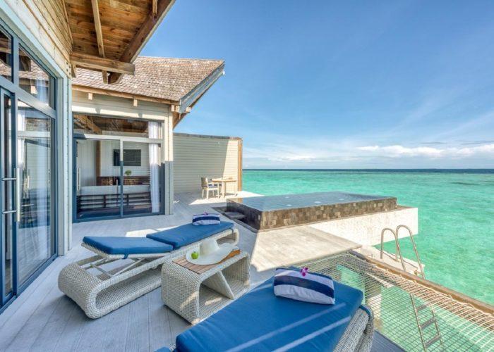 Mӧvenpick Resort Kuredhivaru Maldives Luxhotels (21)