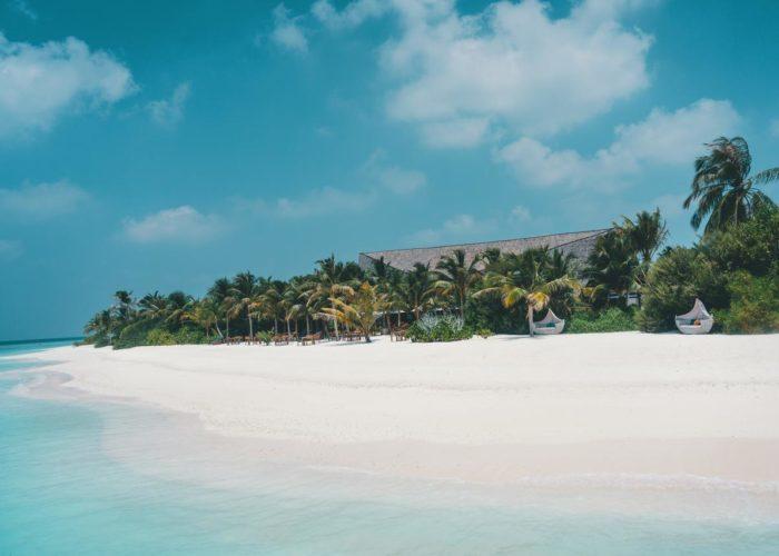 Mӧvenpick Resort Kuredhivaru Maldives Luxhotels (23)