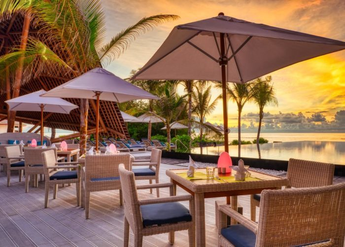 Mӧvenpick Resort Kuredhivaru Maldives Luxhotels (7)
