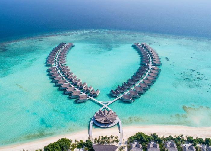 Malediwy Hotele Movenpick Resort Kuredhivaru LUXHOTELS (9)