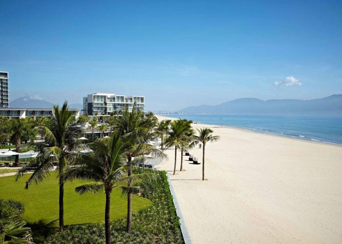 Hyatt Regency Danang Resort and Spa luxhotels (1)