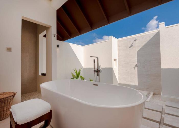 VARU By Atmosphere Luxhotels (5)