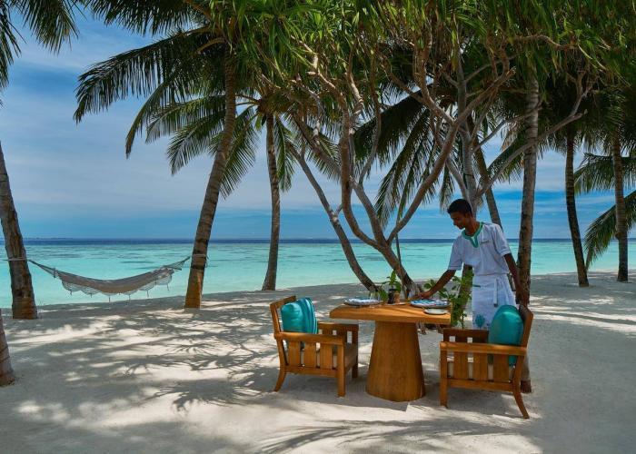 Rafflaes Maledives Meradhoo Luxhotels (11)