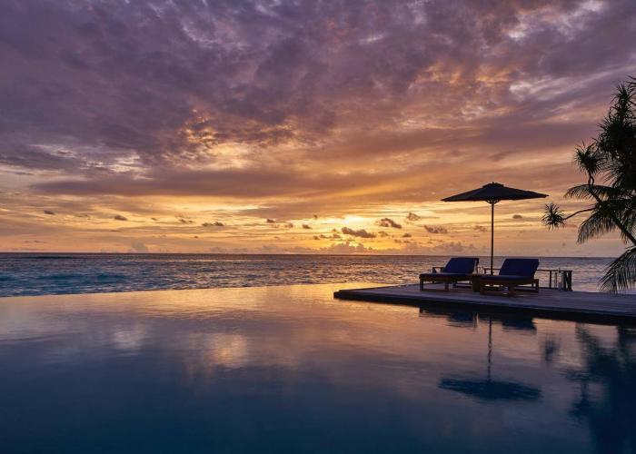 Rafflaes Maledives Meradhoo Luxhotels (6)